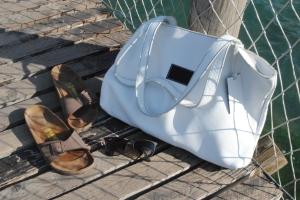 www.shoesbagsandcakes.com